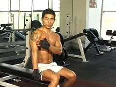 健身房器械使用中文讲解教程-肱二头肌-肱二头肌锻炼视频教程
